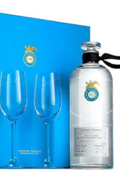 Tequila Casa Dragones Joven W/ 2 Glasses