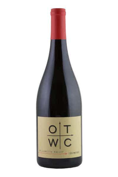 Oregon Trails Wine Co. Pinot Noir